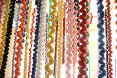 Tresses colorées (Fontenay-sous-Bois Officiel FRANCE) Tags: fontenay fontenaysousbois regionparisienne valdemarne iledefrance 94 94120 fsb france