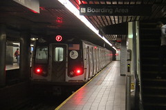 IMG_0470 (GojiMet86) Tags: mta ind nyc new york city subway train 2009 r160b 9852 roosevelt island