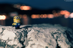 Minion's thinking (messinnicolas) Tags: landscape portrait people nature light rock lights summer bokeh background silhouette model 50mm toy canon movie blur one character panoramic outdoors vibrance toys eos composition cartoon f14 5d markiii focalefixe minion dessin animé flou jaune personnage lumière flash pensées perso pierre rochet roche roches vibrant jouet
