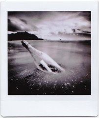 Long distance message - instax version (art y fotos) Tags: fujifilm instax sq10 squareformat square instant film waiahole mokolii oahu hawaii