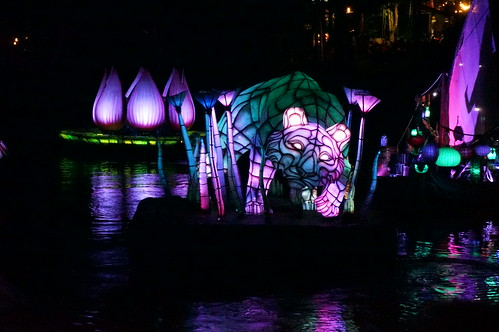 "Rivers of Light Nighttime Experience • <a style=""font-size:0.8em;"" href=""http://www.flickr.com/photos/28558260@N04/34786908880/"" target=""_blank"">View on Flickr</a>"