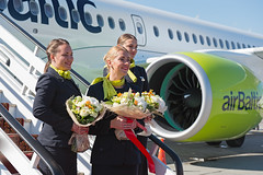 Air Baltic Crew (Osdu) Tags: baltic airbaltic cs300 bombardier spotting planespotting avia aviation шереметьево airport svo uuee аэропорт sheremetyevo aircraft airplane avion aeroplano aereo 机 vliegtuig aviao uçak аэроплан samolot flugzeug luftfahrzeug flygplan lentokone aeroplane طائرة letoun fastvingefly avión lennuk هواپیما flugvél aëroplanum самолёт 固定翼機 飛機 crew stewardess stewardes hostess airhostess cabncrew girl