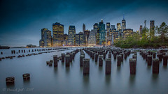 Manhattan... (Daniel Jost Photography) Tags: 2017 brooklynheightspromenade canoneos6d dj lightroom manhattan newyork tamron2470mmf28divcusd usa brooklyn longexposure night nuit photo photographe picture poselongue vacance voyage
