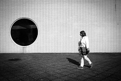 Porthole (Hans-Jörg Aleff) Tags: berlin blackwhite porthole streetphotography deutschland
