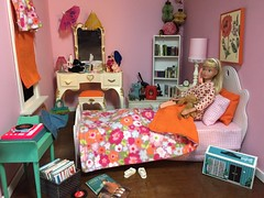 Bedtime Routine (Foxy Belle) Tags: skipper bedroom 16 scale diorama room girls pink mod orange floral miniature girl sindy vanity