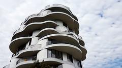 Folie divines (srouve78) Tags: montpellier architecture