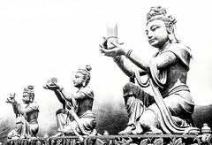 Tain Tan Buddah Bodhisattvas Statues Offering Gifts (Peter Greenway) Tags: buddah lantauisland tiantan taintan ngongping bodhisattvas hongkong offerings bigbuddah gifts temple