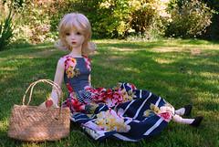 Miss Eloise Carter (Little little mouse) Tags: maskcat margo eloise bjd sd dollfie areallyhotandsunnyday dressbyanne