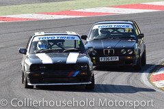 PBMW - R2 (28) Swaffer leading Davidson (Collierhousehold_Motorsport) Tags: toyotires pbmw bmw productionbmw bmw320 bmw320i bmwe30 bmw318 msvr msv garyfeakinsracing gravesmotorsport