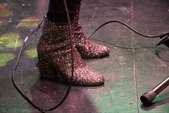 Melanie (MusicCloseup) Tags: 2017 20170312 c2cfestival c2cfestival2017 c2cwmclub c2c2017 c2c2017wmclub c2c2017wmclubsunday london march2017 melanie theo2 boots closeup concert concertphotography country countrymusic festival gig live music musicphotography musicians people sparkly woman