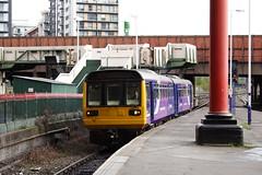 20090930 001 Manchester Victoria. 142056 09.31 Ex-Rochdale (15038) Tags: railways trains br britishrail lostlines oldhamloop disused lancashireyorkshirerailway manchestervictoria class142 diesel dmu 142056