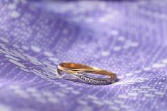 Perfect spice... (Maria Godfrida) Tags: 7dwf jewelry jewellery jewels ring gold diamonds pretty beauty macro closeup blur blue tamron