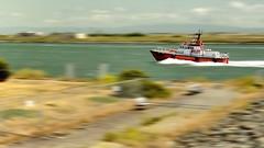 Pilot Boat (cb dg photo) Tags: wake harborpilot motionblur panning speed ship boat pilotboat california oakland channel port portofoakland middleharborshorelinepark