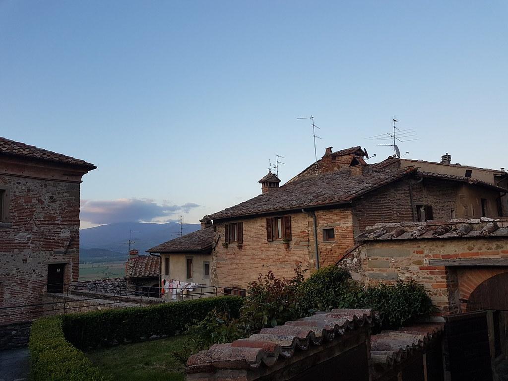 tuscany village wallpaper anghiari - photo #23