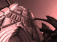 A géométrie variable (François Tomasi) Tags: françoistomasi cathédrale tours touraine villedetours yahoo flickr reflex nikon pointdevue pointofview pov google lights light lumières lumière indreetloire mai 2017 architecture angle couleurs couleur colors color france europe photo photoshop photographie photography