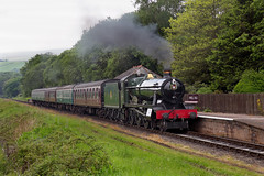 Class 6959, 6990 'Witherslack Hall' bears a wreath for the dead and injured at the Manchester MENA bombing arrives at Irwell Vale, East Lancashire Railway 24.05.2017 (alannaylor85) Tags: gwr 6990 witherslack hall irwell vale elr