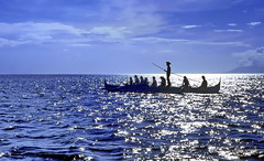 Manila Bay Sunday Excursion (gerard eder) Tags: world travel reise viajes asia southeastasia philippines manilabay pacific pacificocean pacífico wasser water boats barcas boote ocean outdoor