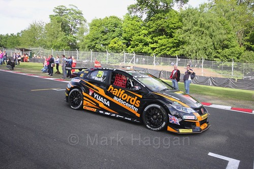 Matt Neal heads on to the grid at Oulton Park, May 2017
