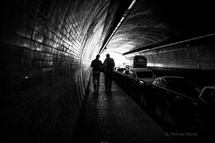 Light at the end of the tunnel (michael.mu) Tags: leica m240 porto portugal tunnel blackandwhite bw monochrome 35mm leicasummicron35mmf20asph leicasummicronm1235mmasph streetphotography backlight backlit silhouette