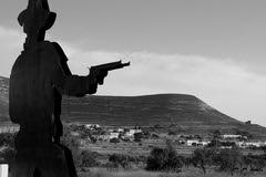 Albaricoques (juan jose aparicio) Tags: western cowboy prados land spaguetti sergioleone almería albaricoques bn