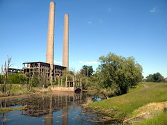 Eisenhüttenstadt (Ortsteil Fürstenberg)- die Ruine des Kraftwerkes Vogelsang  27-05-2017 (Detlef Wieczorek) Tags: kraftwerk vogelsang eisenhüttenstadt ruine kraftwerksruine kraftwerkvogelsang oder oderradweg