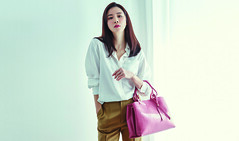 88_20170214182559_1 (Dương Hyunjoo APRIL Lee Bo Young Bae Eun Yeong) Tags: bege leeboyoung bag 이보영