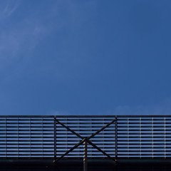 catching (Cosimo Matteini) Tags: cosimomatteini ep5 olympus pen m43 mft mzuiko60mmf28 london architecture blue sky grate catching