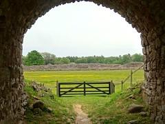 Framed gate (Jaedde & Sis) Tags: gråborg ruin arch framed öland storybookwinner sweep perpetualwinner flickrchallengewinner flickrchallengegroup gamewinner