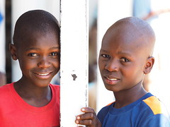 Khorixas (Namibia) - Boys (sharko333) Tags: travel voyage reise africa afrika afrique namibia khorixas people portrait boy olympus em1