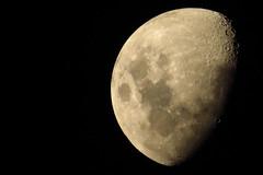 Luna / Moon (LeonCalquin (2)) Tags: leon calquin fotos photos vincent carolina marcelo videos santiago chile flickr quincal huine huiñe aquelarre lago vichuquen diseño catalog catalogo senderismo hiking travel viajes luna moon