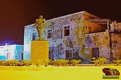 ESTATUA_LUIS_DE_CAMÕES_ILHA_DE_MOÇAMBIQUE_NAMPULA_MOÇAMBIQUE (paulomarquesfotografia) Tags: luis de camões pentax k5 monumento estatua ilha moçambique nocturna longa exposição paulo marques nampula
