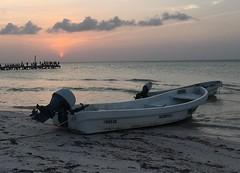 Holbox mayo 2017 (Joselo Reyna Espinosa) Tags: holbox méxico paraíso island atardecer sunset boat playa