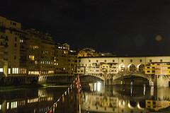PONTE VECCHIO FIRENZE (Valter Elli) Tags: firenze ponte vecchio notte luci italia arno romantica