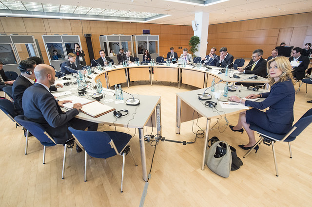 The Closed Ministers' Roundtable in session