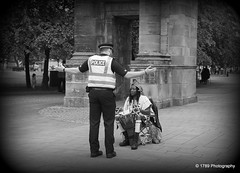 Independence ? (Rollingstone1) Tags: police black man drum independence rally glasgowgreen glasgow scotland saltmarket mclennanarch flag blackandwhite mono monochrome people