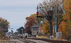 It doesn't look like Deshler (arcticrail) Tags: deshler ohio oh csx bo trains train railroad cpl csxt color position lights light signal signals fall