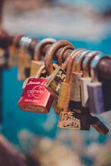 23/52 bokeh (ana pardos corrales) Tags: bokeh candado amor love cadenat rosa desenfoque mar mediterráneo costa lock