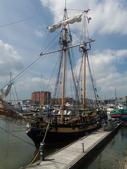 HMS Pickle Hull Marina Yorkshire (woodytyke) Tags: woodytyke stephen woodcock photo photograph camera foto photography best picture composition digital phone colour flickr image photographer light publish print buy free licence book magazine website blog instagram facebook commercial