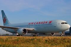 "Air Canada C-FPCA Boeing 767-375ER cn/24306-258 ""637"" @ Taxiway Q EHAM / AMS 16-10-2016 (Nabil Molinari Photography) Tags: air canada cfpca boeing 767375er cn24306258 637 taxiway q eham ams 16102016"