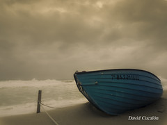 Stormy day (David Cucalón) Tags: david cucalon coast seascape beach playa tormenta boat barca strom clouds nubes greatphotographers theunforgettablepictures simply superb