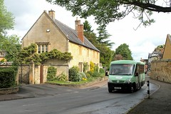 Hedgehog Bus WX11 CGU 0930hrs Mickleton to Stratford-upon-Avon 200517 (return2layerroad) Tags: hedgehogcommunitybus mickleton stratforduponavon irisbusdaily iveco mellor wx11cgu gloucestershire