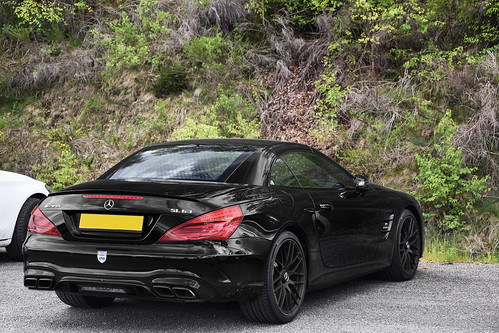 Mercedes-AMG SL 63 Roadster