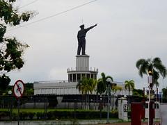 Monumen Yos Sudarso (Everyone Sinks Starco (using album)) Tags: surabaya eastjava jawatimur monumen monument