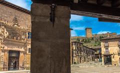 palacio Avellaneda y castillo, Peñaranda de Duero, Burgos (phooneenix) Tags: palacio avellaneda peñaranda duero burgos conde miranda