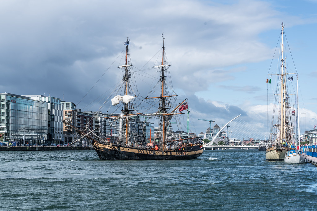 THE PHOENIX LEAVES DUBLIN PORT [DUE TO VISIT DROGHEDA LATER IN THE WEEK]-129433