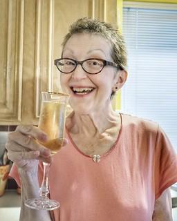 Celebrate 🎉... #cancersucks👎 #celebrate #champagne #schramsberg #portrait #portraitphotography #olympus #em10markii #20mm