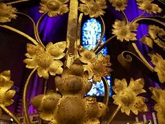 Stairway to.. (Daniella Velings) Tags: flowers leaves gold old oud church kerk detail gotisch history geschiedenis victorian catharinakerk eindhoven nederland netherlands glasinlood stairway ornateinterior ornate interior interieur trap goud bloemen bladeren stainedglass
