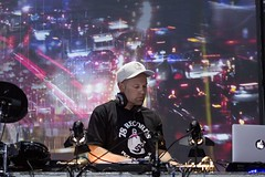 "DJ Shadow - Sonar 2017 - Viernes - 1 - M63C4814 • <a style=""font-size:0.8em;"" href=""http://www.flickr.com/photos/10290099@N07/35194745122/"" target=""_blank"">View on Flickr</a>"
