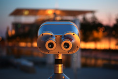 What are you looking for? (Michael Kalognomos) Tags: canoneos5dmarkiii ef75300mmf456iii binoculars greece athens snfccstavrosniarchosfoundationculturalcentre bokeh evening dof lights streetphotography depthoffield kallithea landscape architecture nightlights