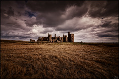 New Slains Castle (Lato-Pictures) Tags: wolken clouds nubes nuages nuvole nuvens moln волькен burg castle castro château rocca castelo fort grod замок 城堡 城 see meer sea mar mer zee море 海 derya schottland scotland himmel sky cielo ciel cosmos hemel nebe niebo рай ég nébes 天國 देवलोक 天国 paratiisi cennet draussen outside extérieur fuori al aire libre buiten utanför fora на дворе zewnątrz ulkona ute dışarı tag day jour giorno día dag сутки doba gündüz